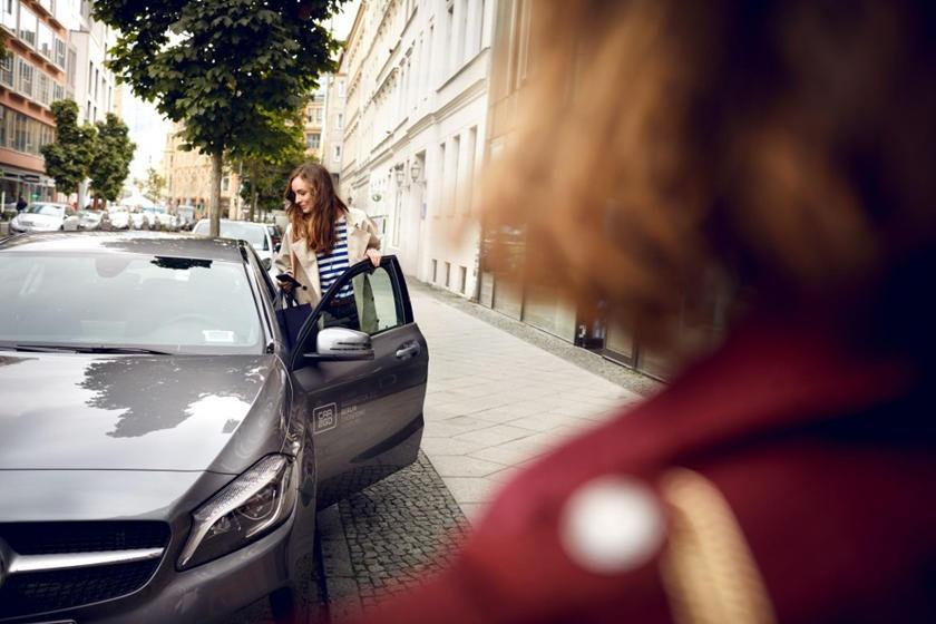 BMW và Mercedes hùn vốn 1,13 tỷ USD nhằm đánh bại Uber