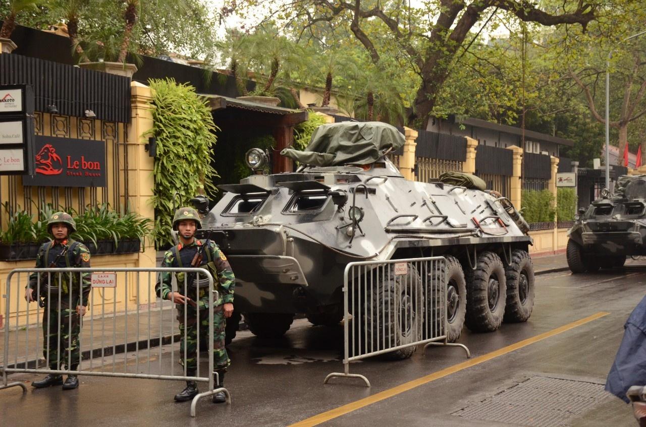 Dàn xe chuyên dụng Việt Nam bảo vệ Hội nghị Mỹ - Triều