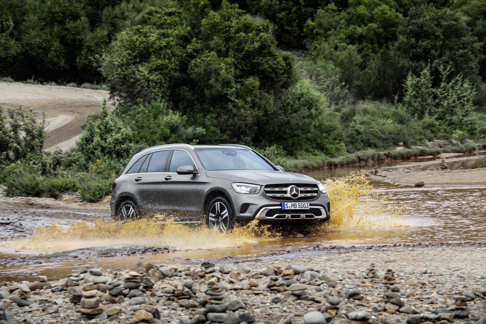 Mercedes-Benz GLC 2020 ra mắt, nhiều thay đổi dù chỉ là facelift