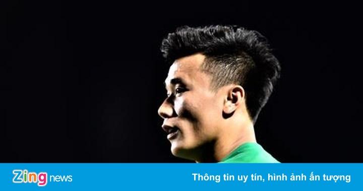 Van Bakel: 'Hãy chờ xem ông Park giải bài toán thủ môn'