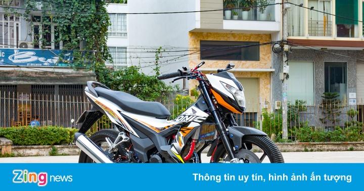 Honda Sonic 150R thửa phụ kiện từ xe đua chuyên nghiệp