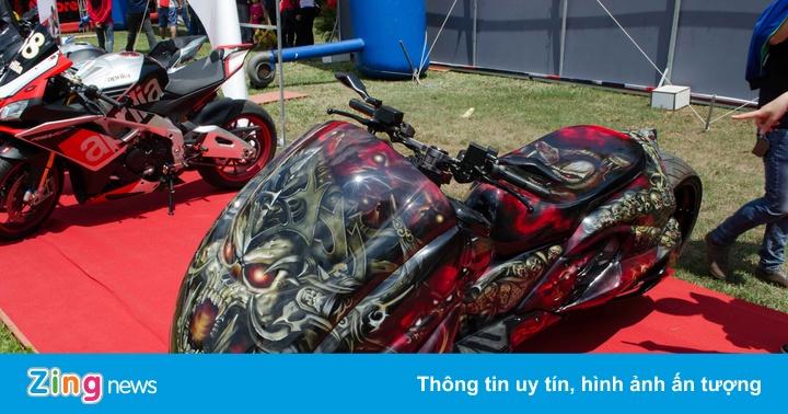 Hàng trăm môtô và siêu xe đổ về Đồng Nai