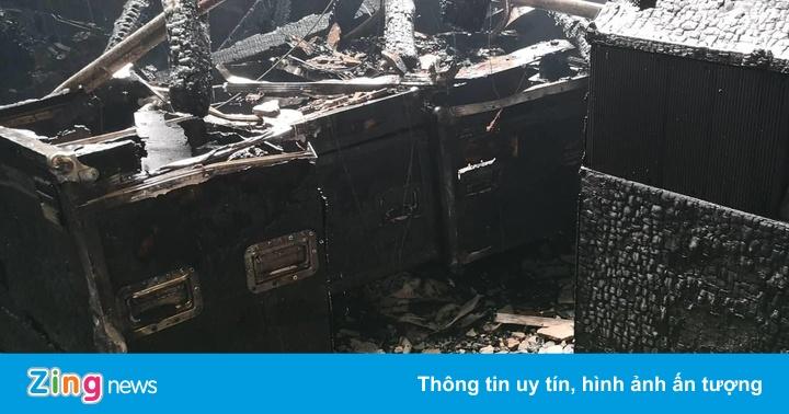 Quang Hà phải hủy show với Hoài Linh ở Cung Văn hóa Việt Xô vì vụ cháy