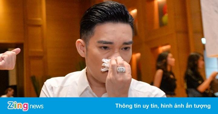 Quang Hà khóc: 'Không thể ngờ Cung Văn hóa Việt Xô lại bị cháy'