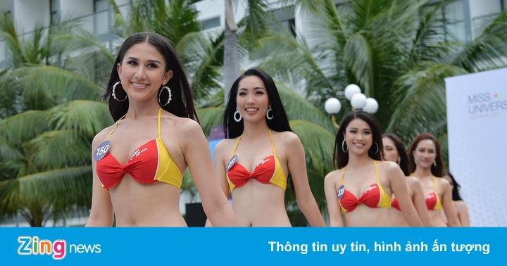 45 người đẹp Hoa hậu Hoàn vũ Việt Nam 2019 thi áo tắm ở bể bơi