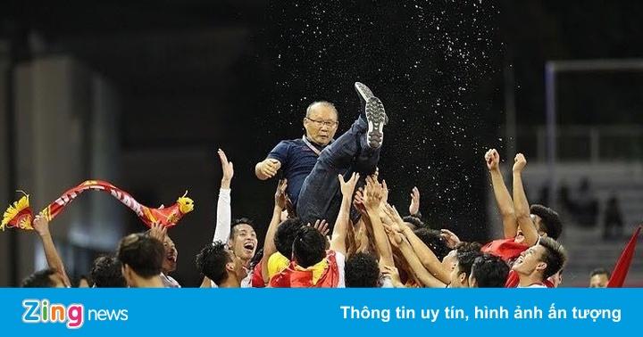 Đỗ Mỹ Linh, Tiểu Vy và sao Việt đi bão mừng U22 Việt Nam chiến thắng