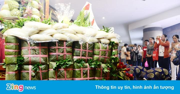 Người dân Sài Gòn dâng lễ vua Hùng ngày giỗ Tổ