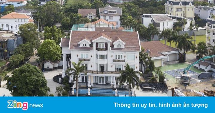 Cơ ngơi nhà Jonathan Hạnh Nguyễn và loạt biệt thự đắt đỏ tại Thảo Điền