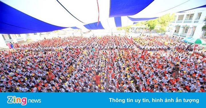 Nhiều trường ở Hà Nội có sĩ số quá tải, thu tiền sai quy định