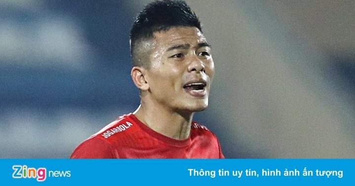 Trung vệ Phạm Mạnh Hùng lại thoát án kỷ luật
