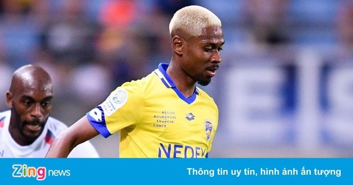 Cầu thủ gốc Việt Jason Pendant chờ lời mời từ VFF