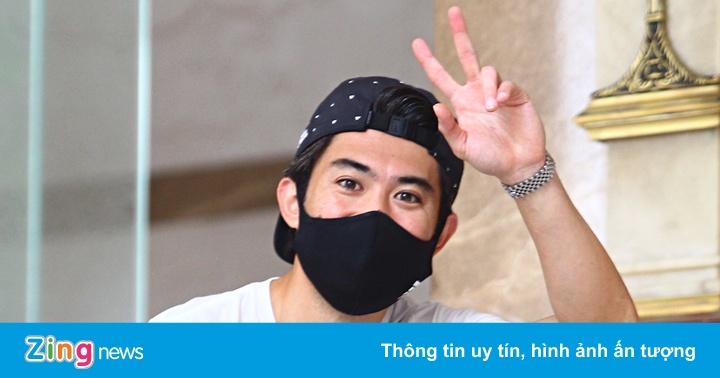 Lee Nguyễn phải kiểm tra y tế khi hội quân cùng CLB TP.HCM