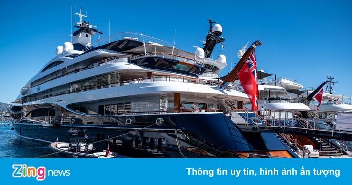 Choáng ngợp với nội thất bên trong siêu du thuyền xa xỉ nhất thế giới