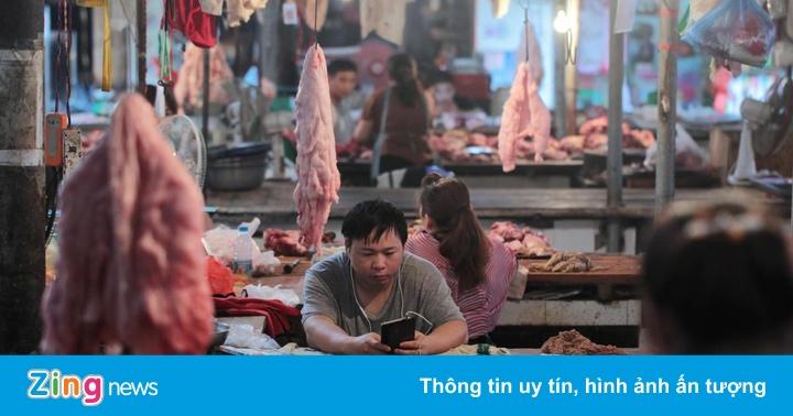 Các nhà hàng Trung Quốc khốn khổ vì giá thịt lợn tăng 160%
