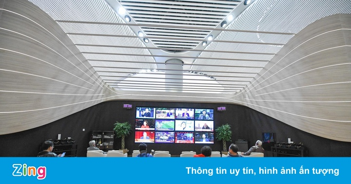 Khám phá phòng chờ hạng thương gia ở sân bay lớn nhất thế giới