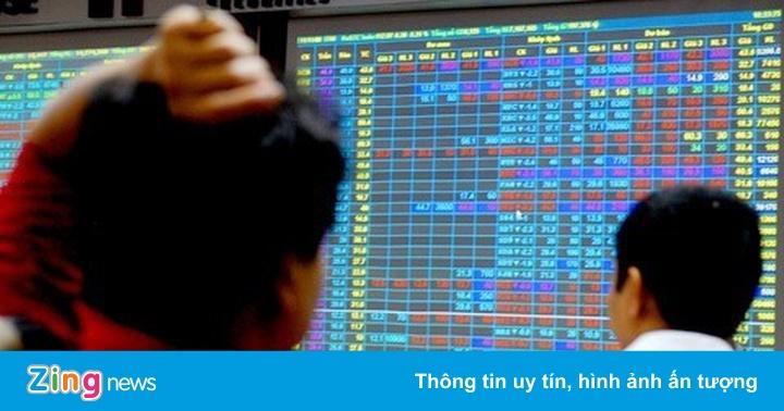 Cơ hội nào cho nhà đầu tư mới sau ngày chứng khoán giảm kỷ lục?