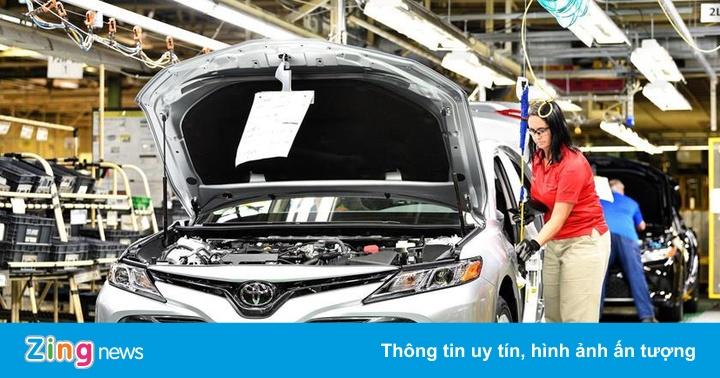"""Toyota và Honda cắt bớt model xe để """"tiết kiệm từng đồng xu"""""""