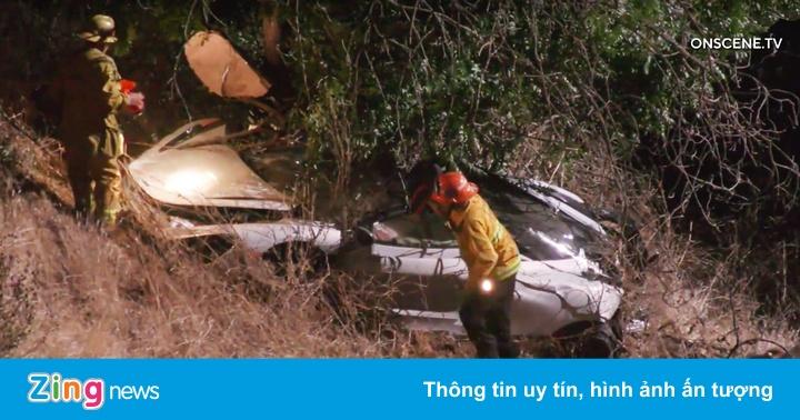 Siêu xe McLaren lao xuống sườn dốc, cảnh sát cử hai trực thăng tới cứu