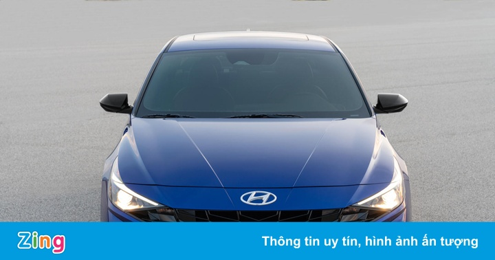 Hyundai ra mắt sedan thể thao số sàn Elantra N Line 2021 - mega 655