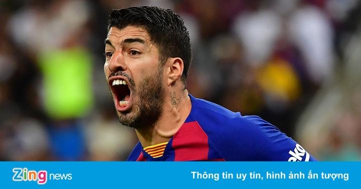Luis Suarez dọn đồ rời Barca
