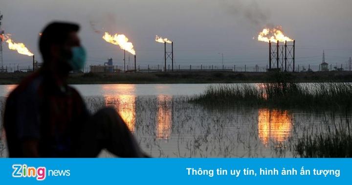 Giá dầu giảm 9%, các nhà giao dịch chờ quyết định của OPEC
