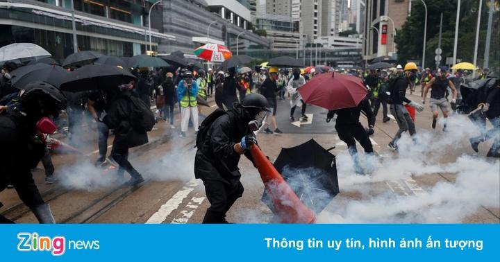 Khách sạn gặp khó, gia tộc giàu nhất Hong Kong xin chính quyền giúp đỡ
