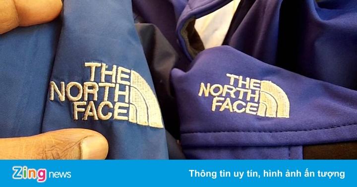 Truy quét 15 điểm bán hàng giả Uniqlo, The North Face tại TP.HCM