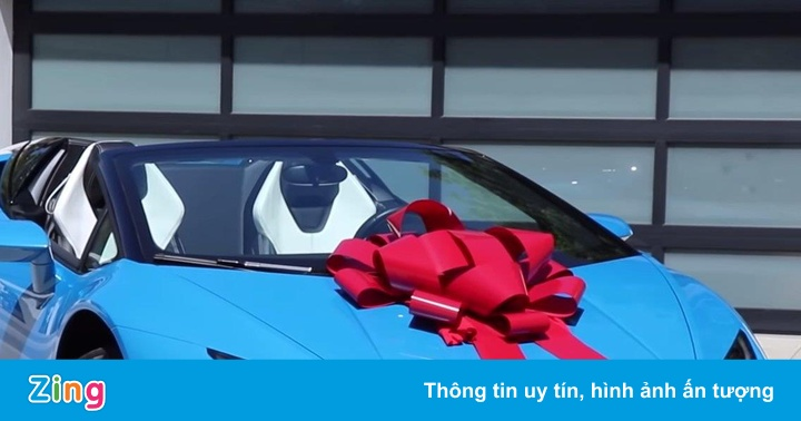Vì 'tình nghĩa anh em', YouTuber tặng siêu xe 7 tỷ cho bạn