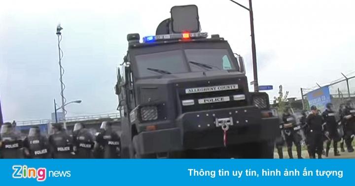 Cảnh sát Mỹ được yêu cầu không dùng vũ khí gây điếc để chống bạo động