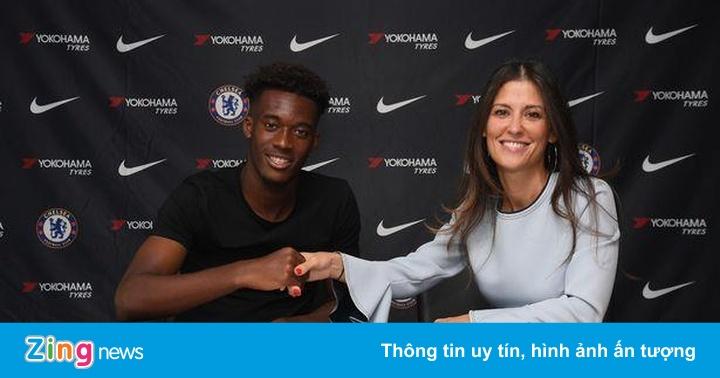 Chelsea ký hợp đồng dài hạn với tài năng trẻ Hudson-Odoi