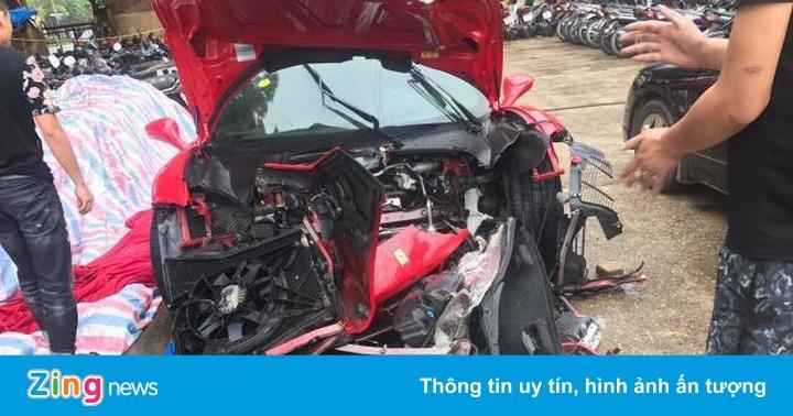Siêu xe Ferrari 488 GTB của ca sĩ Tuấn Hưng gặp nạn