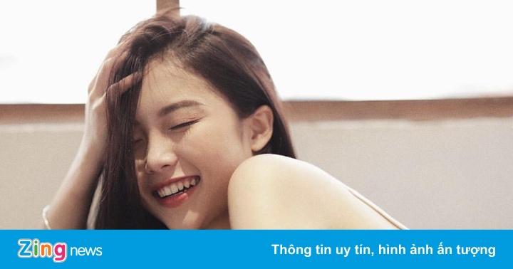 """Nụ cười rạng rỡ, xinh tự nhiên không cần """"diễn sâu"""" của 9X Hà Thành"""