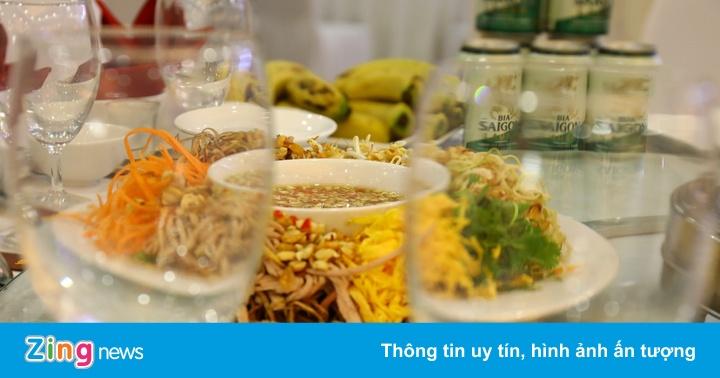 Thực đơn tiệc cưới Phan Văn Đức có gì
