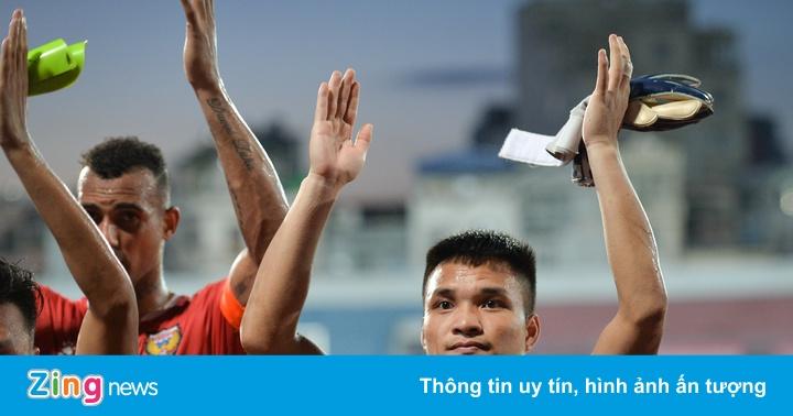 CLB Hà Tĩnh phải thi đấu xa nhà vì mưa bão