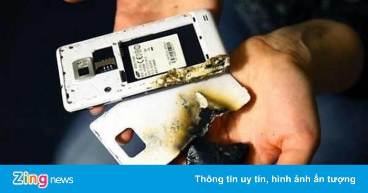 Người này kiếm tỷ USD nhờ kiểm tra viên pin trên smartphone của bạn