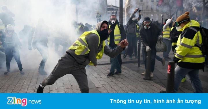"""Phe cực hữu Pháp thấy cơ hội lớn từ biểu tình """"áo khoác vàng"""""""