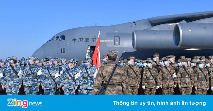 Không quân TQ điều động 8 máy bay chở quân y tăng viện cho Vũ Hán