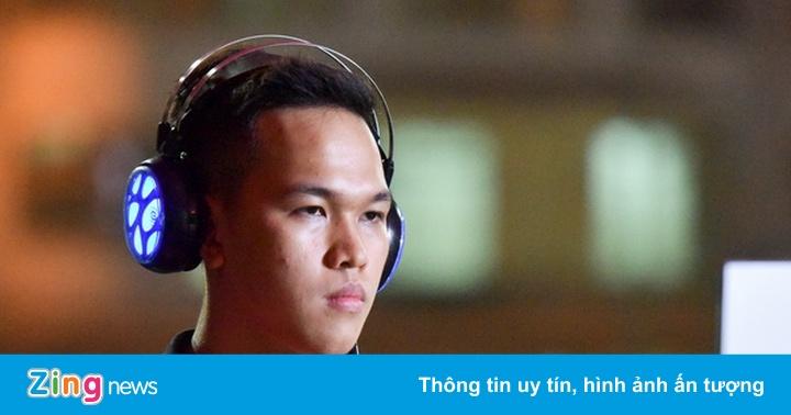 ShenLong đánh bại Chim Sẻ Đi Nắng