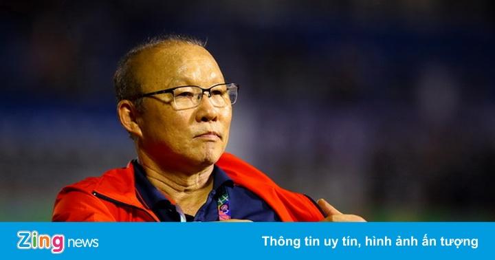 Thái Lan cắt 50% lương của HLV Nishino, ông Park có chịu giảm?
