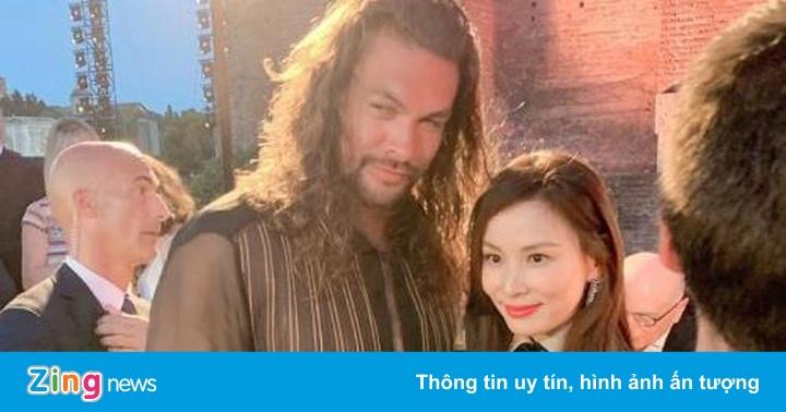 Vợ Jang Dong Gun gặp gỡ tài tử 'Aquaman'