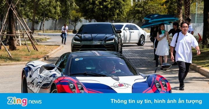 Minh Nhựa mang 2 siêu xe tham gia hành trình VietRally