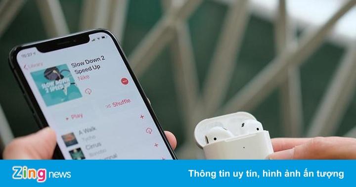 Giới trẻ mơ ước có iPhone, AirPods nhất