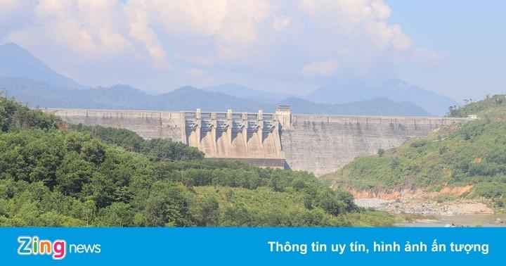 Hạ du Quảng Nam ngập sâu, thượng nguồn thiếu nước - Thời sự