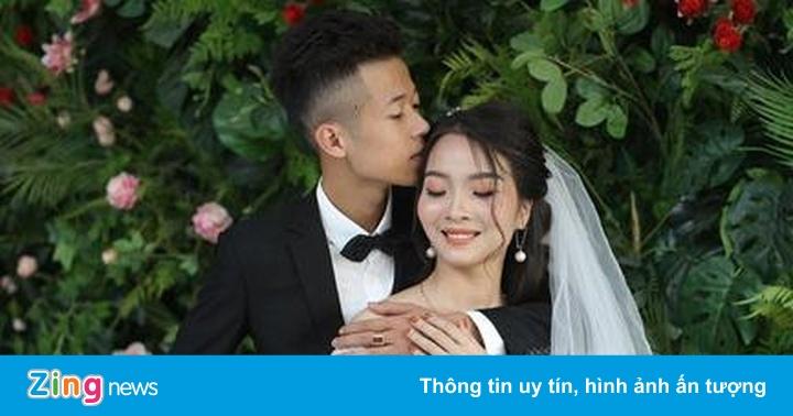 Có vợ nhờ thả icon, like dạo, vô tình cho số điện thoại ở đám cưới