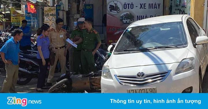 Nữ tài xế để ôtô trôi tự do tông chết người chịu trách...