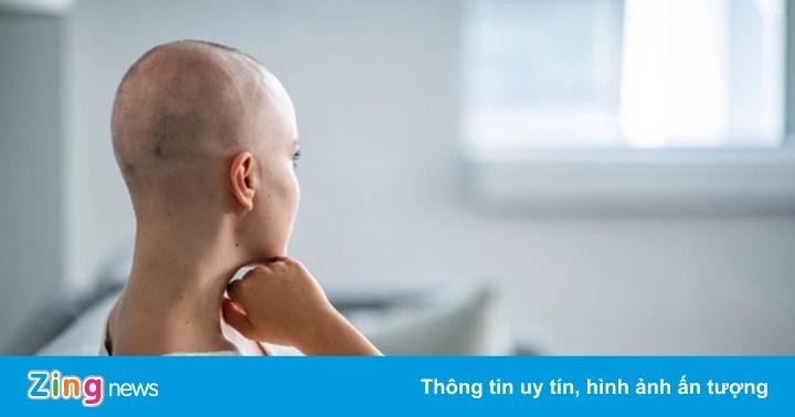 Sắp có thuốc giúp bệnh nhân ung thư không bị rụng tóc khi hóa trị