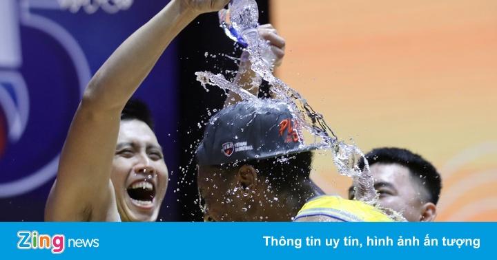 Ngoại binh tỏa sáng trong chiến thắng của Nha Trang Dolphins
