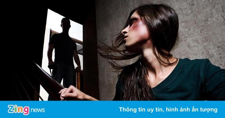 """Từ vụ """"võ sư"""" đánh vợ, phụ nữ nên làm gì khi bị chồng bạo hành"""