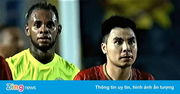 Quang Hải nhấc chân cho Đức Huy ghi bàn ở chung kết King's Cup