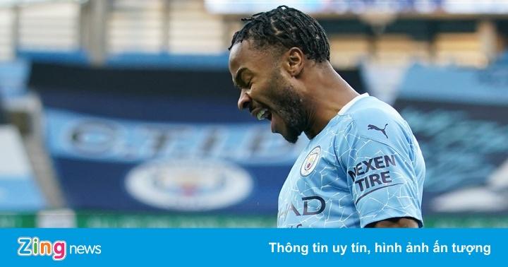 Sterling lập kỷ lục trong chiến thắng của Man City